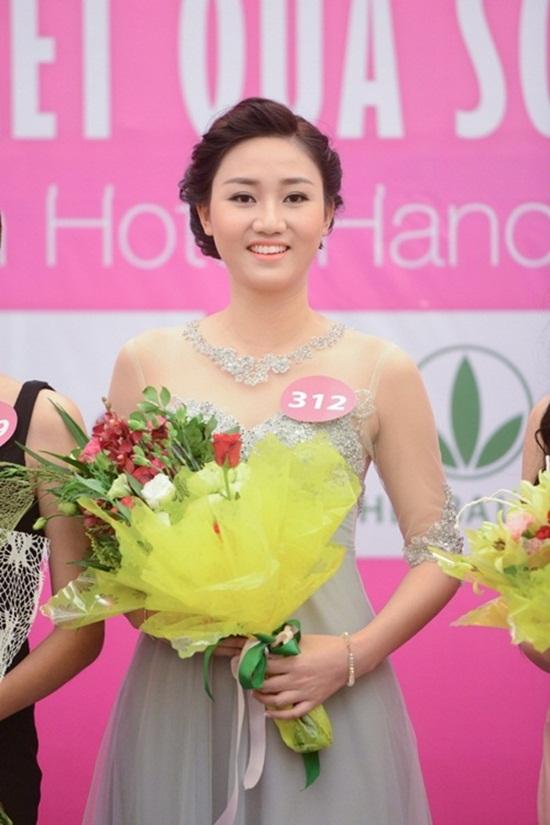 Hành trình từ cô gái mũm mĩm đến ngôi Á hậu Hoa hậu hoàn vũ của Trà My - Ảnh 3