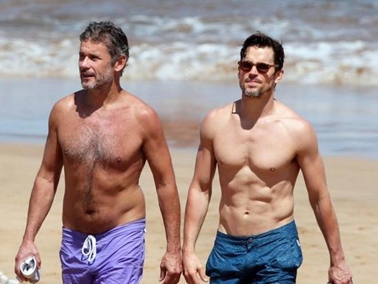 Vẻ đẹp vạn người mê của các sao đồng tính, song tính hot nhất thế giới - Ảnh 6
