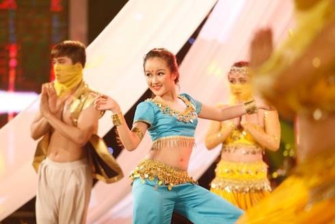 Vietnam's got talent: Mỹ nhân 12 tuổi bước thẳng vào chung kết - Ảnh 2