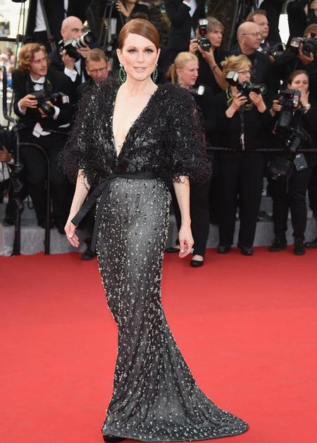 Những bộ cánh lộng lẫy của sao trên thảm đỏ LHP Cannes 2015 - Ảnh 3
