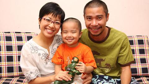 Bi kịch gia đình đằng sau vỏ bọc hạnh phúc của các MC Việt - Ảnh 3