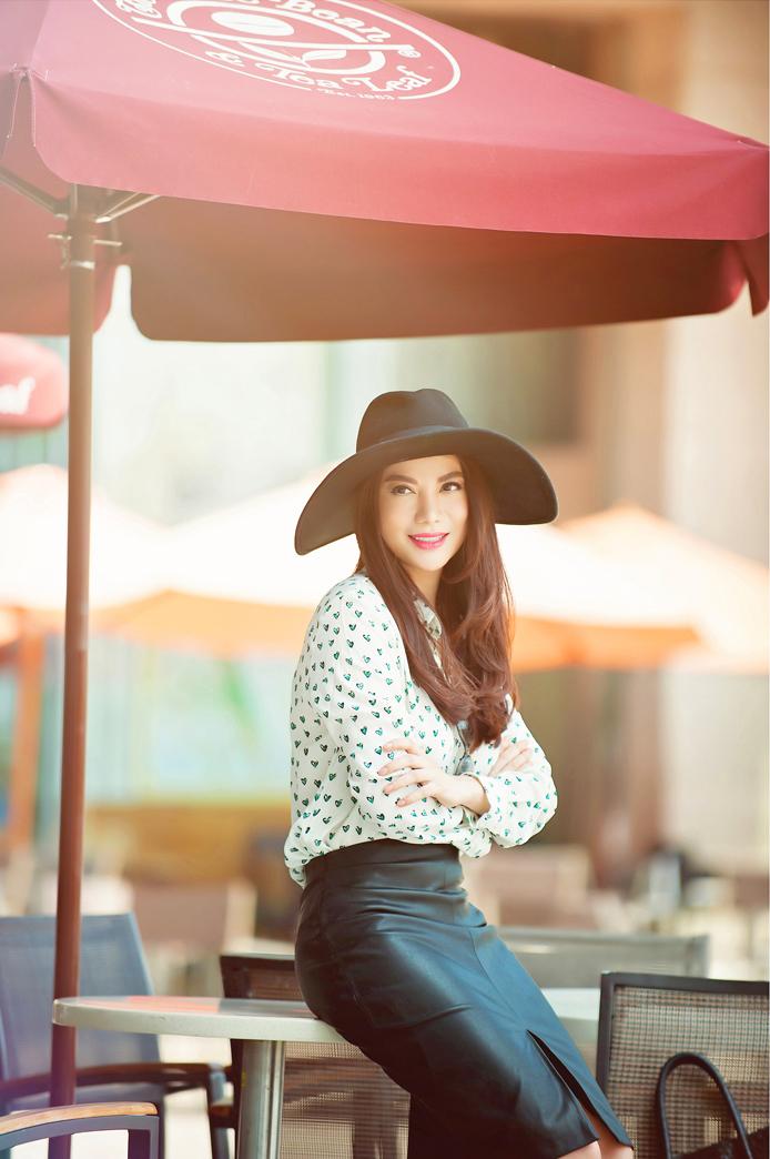 Trương Ngọc Ánh rút khỏi vai chính trong phim mình sản xuất - Ảnh 2