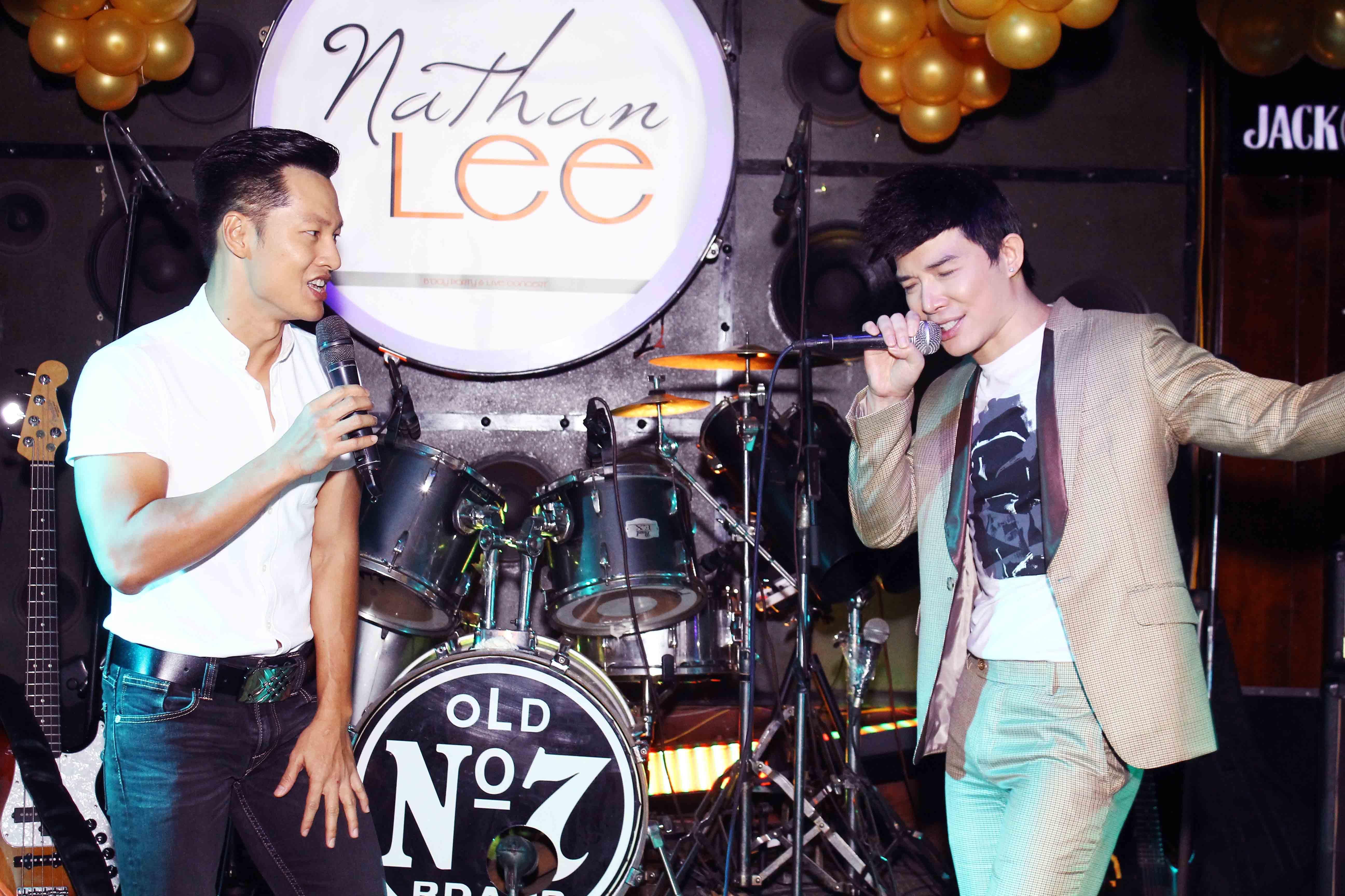 Nathan Lee bất ngờ song ca cùng mẹ trong đêm sinh nhật - Ảnh 7