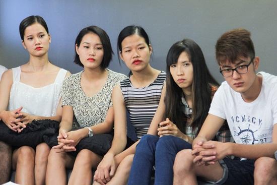 Tập 5 Vietnam's Next Top Model 2015: Hot boy 6 múi điển trai dừng chân - Ảnh 7