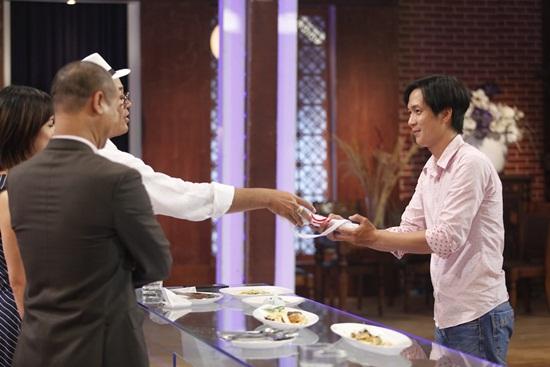 Vua đầu bếp tập 2: Giám khảo nổi giận vì thí sinh không tiết lộ thông tin món ăn - Ảnh 13