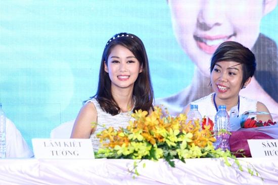 Sao TVB Mã Quốc Minh và Sầm Lệ Hương đến Việt Nam - Ảnh 7