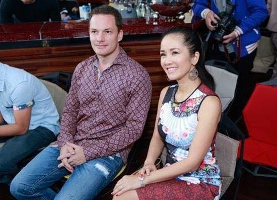 """Chân dung """"phi công trẻ"""" của Diva làng nhạc Việt - Ảnh 2"""