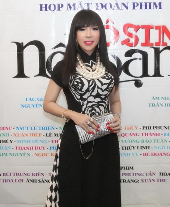 Nam ca sĩ thích mặc váy nhất Việt Nam - Ảnh 8