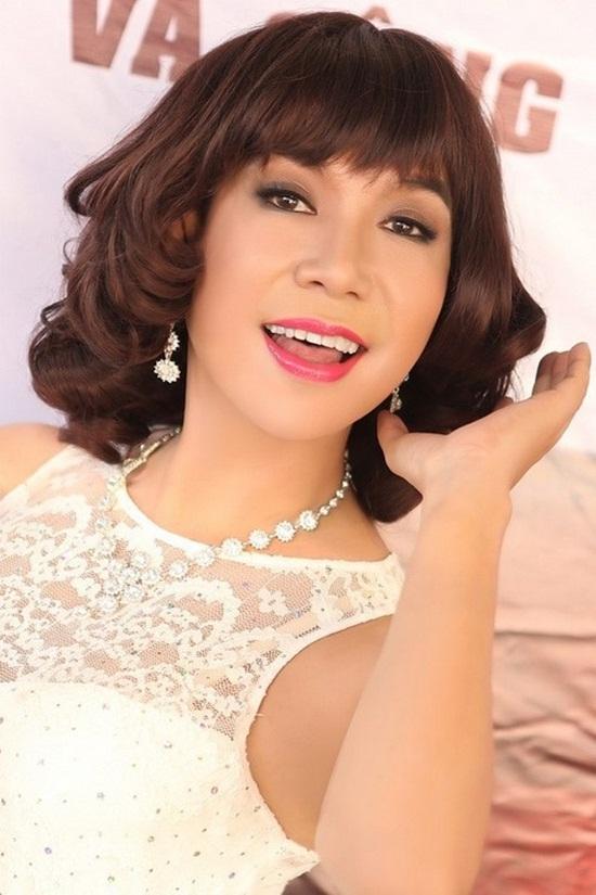 Nam ca sĩ thích mặc váy nhất Việt Nam - Ảnh 6