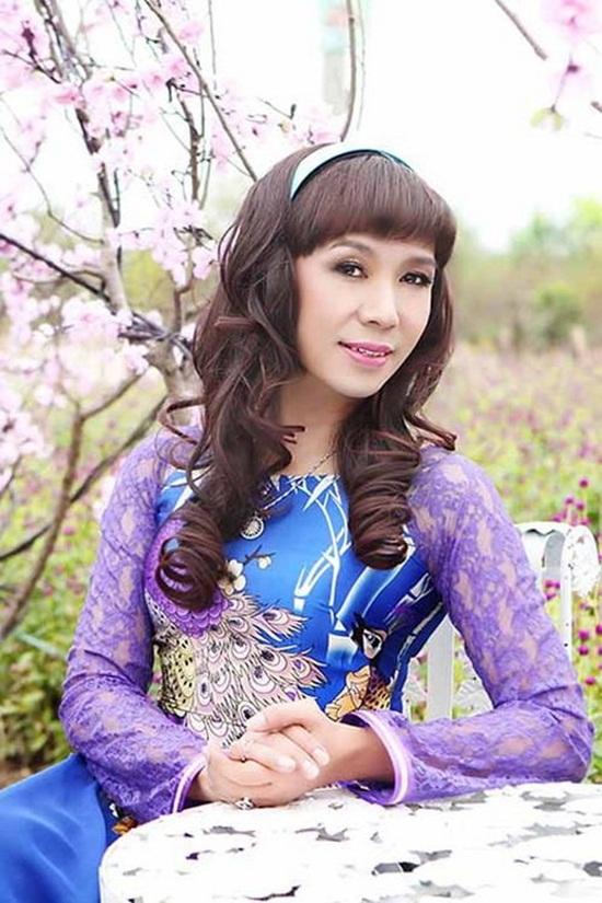 Nam ca sĩ thích mặc váy nhất Việt Nam - Ảnh 7
