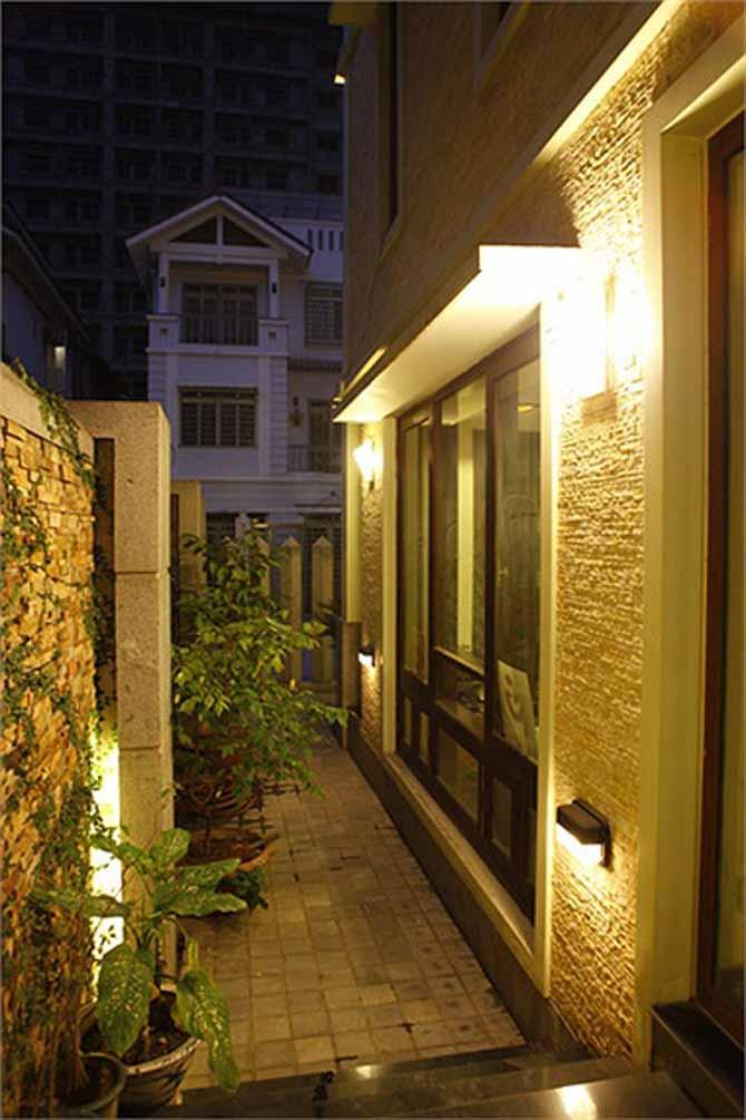 Ngôi nhà lung linh ánh đèn giữa Thủ đô của Hồ Quỳnh Hương - Ảnh 2