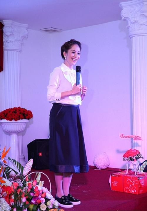 Khánh Thi xác nhận có bầu 5 tháng - Ảnh 1