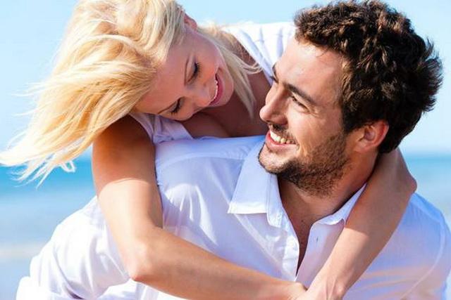 Cách phát hiện đàn ông giả vờ trong chuyện yêu - Ảnh 1