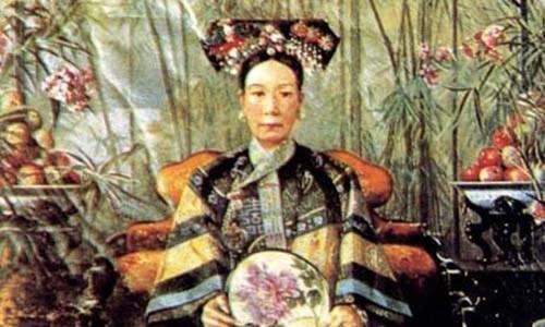 Những sở thích quái đản của các bà hoàng Trung Hoa - Ảnh 1