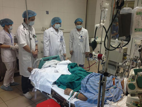 Kỳ 22: Pha tai nạn ám ảnh và bệnh nhân sốc phản vệ chết đi, sống lại - Ảnh 1