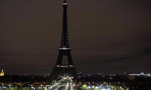 Khủng bố tại Pháp: Biển người trên khắp thế giới tưởng niệm các nạn nhân  - Ảnh 1