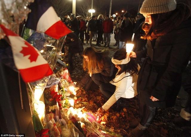 Khủng bố tại Pháp: Biển người trên khắp thế giới tưởng niệm các nạn nhân  - Ảnh 5