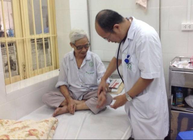 Hà Nội: Số ca mắc sốt xuất huyết vẫn không ngừng tăng - Ảnh 1