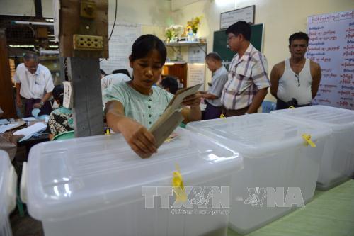 Myanmar bước vào cuộc bầu cử lịch sử - Ảnh 1