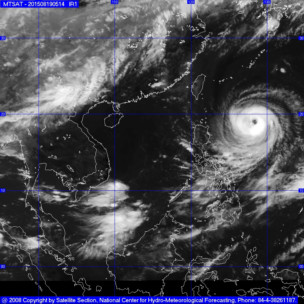 Tin mới nhất về cơn bão Goni cực mạnh hướng vào biển Đông - Ảnh 2