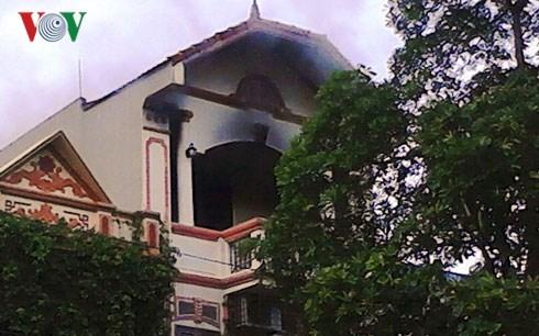Cháy nhà do thắp hương cúng rằm tại Thanh Hóa - Ảnh 1