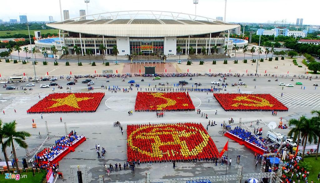 12.000 bạn trẻ xếp hình bản đồ Việt Nam - Ảnh 1