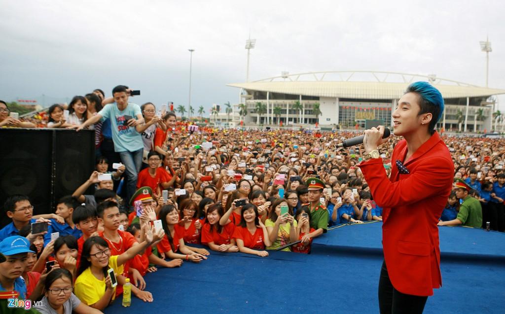 12.000 bạn trẻ xếp hình bản đồ Việt Nam - Ảnh 10