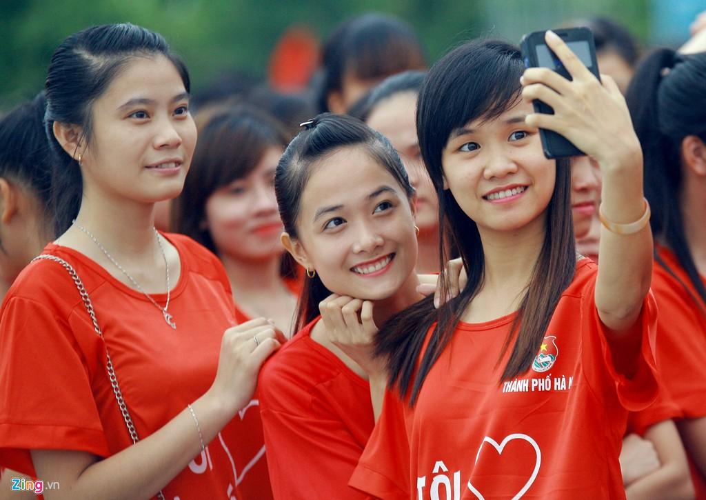 12.000 bạn trẻ xếp hình bản đồ Việt Nam - Ảnh 11