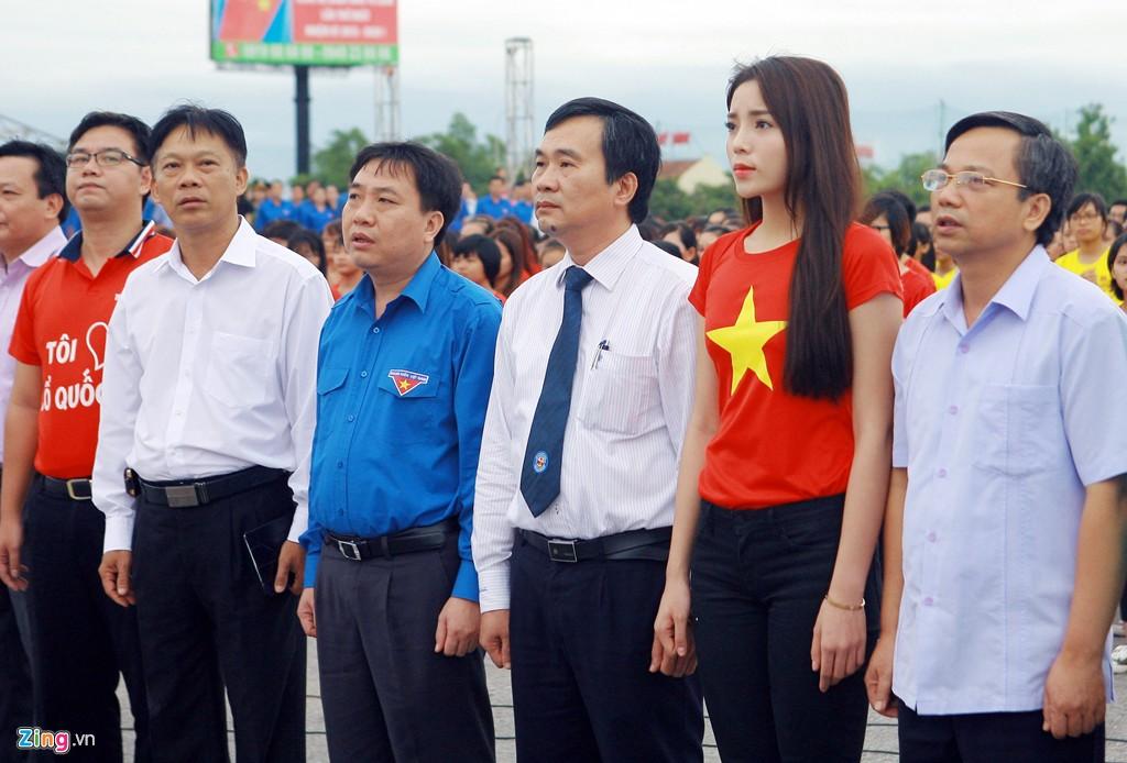 12.000 bạn trẻ xếp hình bản đồ Việt Nam - Ảnh 2