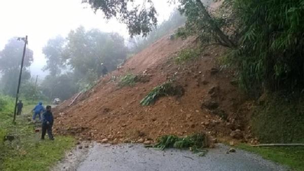 Miền Bắc cần gần 900 tỉ đồng sửa chữa các tuyến đường bị hỏng do mưa lũ - Ảnh 2