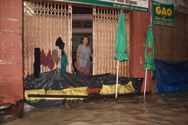 Tin mới nhất về cơn mưa lớn nhất 5 năm qua tại Đồng Nai - Ảnh 3