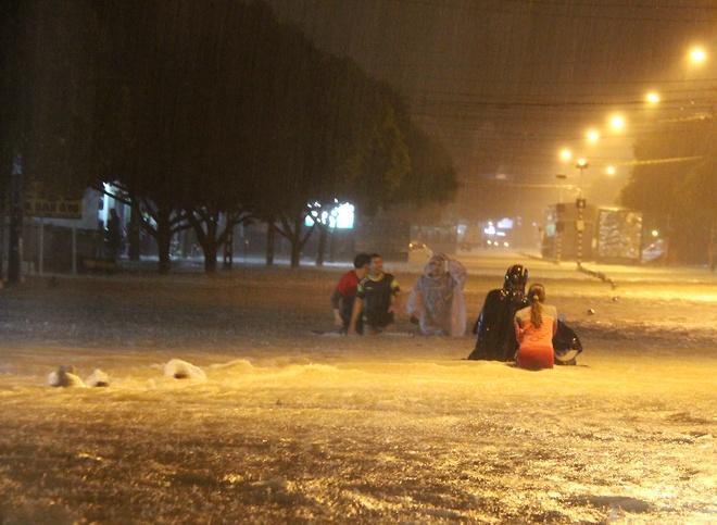 Tin mới nhất về cơn mưa lớn nhất 5 năm qua tại Đồng Nai - Ảnh 1