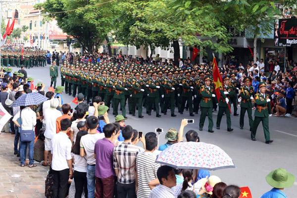 Lực lượng Quân đội Nhân dân Việt Nam diễu binh, diễu hành ngày 2/9 - Ảnh 9