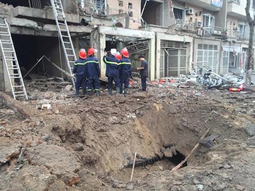Chủ tịch UBND TP Hà Nội trực tiếp chỉ đạo cứu nạn vụ nổ lớn tại Hà Đông - Ảnh 1