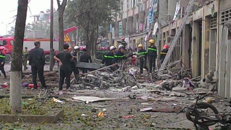 Chủ tịch UBND TP Hà Nội trực tiếp chỉ đạo cứu nạn vụ nổ lớn tại Hà Đông - Ảnh 4