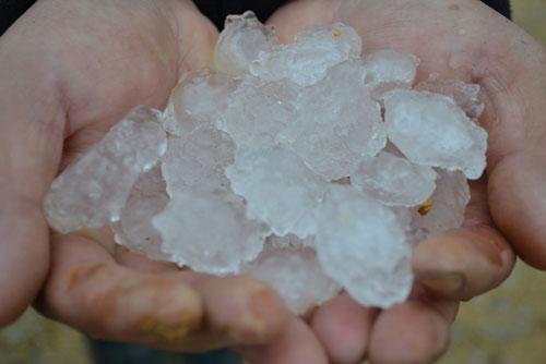 Mưa đá tiếp tục xuất hiện tại Đồng Nai - Ảnh 1