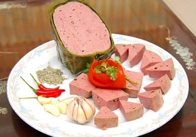 Hà Nội: Phát hiện nhiều sản phẩm thịt bò thực chất là thịt lợn - Ảnh 1