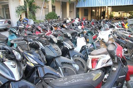 Bắt tên trộm lộ ra kho xe gian chứa hơn 90 chiếc xe máy - Ảnh 2