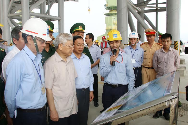 Tổng Bí thư Nguyễn Phú Trọng thăm khu dân cư mẫu và dự án Formosa - Ảnh 1