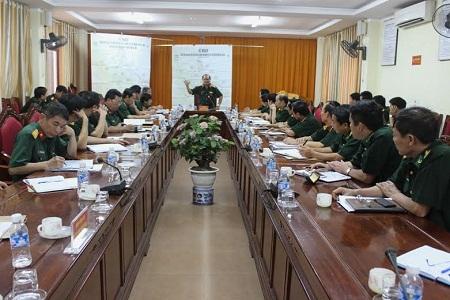 Phó tổng Tham mưu trưởng QĐND kiểm tra bảo vệ bầu cử biên giới miền Trung - Ảnh 1