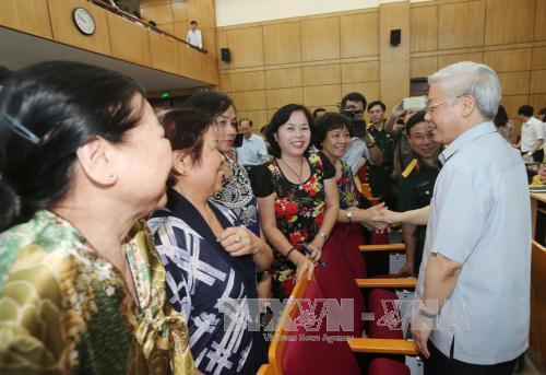 Tổng Bí thư Nguyễn Phú Trọng vận động bầu cử tại Hà Nội - Ảnh 3