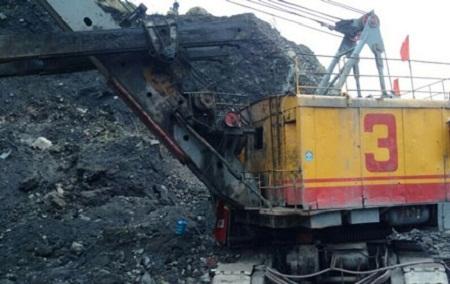 Công ty lên tiếng vụ hai công nhân bị đất đá vùi lấp tử vong - Ảnh 1