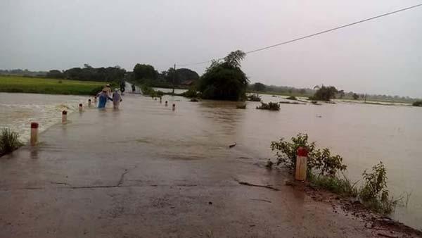 Hình ảnh nhiều xã bị chia cắt bởi mưa lớn tại Đắk Lắk - Ảnh 4
