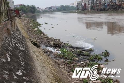 Hải Phòng: Dừng hoạt động nhà máy giấy gây ô nhiễm sông Lạch Tray  - Ảnh 1