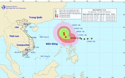 Tin mới nhất về cơn bão Koppu chiều 17/10: Còn cách đảo Lu Dông 240km - Ảnh 1