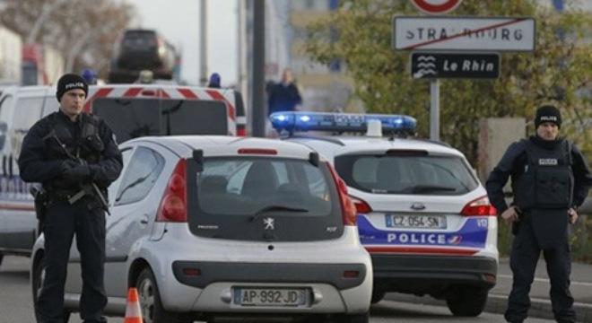 Vụ khủng bố Paris: Đức đã thả 7 nghi can - Ảnh 1