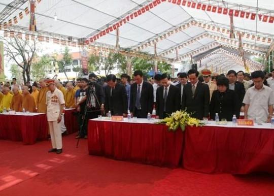 Hơn 8.000 người làm lễ cầu siêu cho các nạn nhân tử vong vì TNGT - Ảnh 2