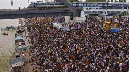 Năm 2022, Ấn Độ sẽ trở thành quốc gia đông dân nhất thế giới - Ảnh 1