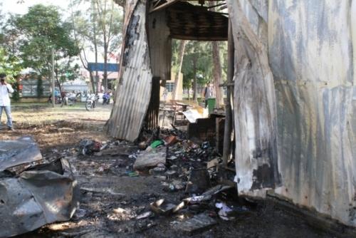 Cháy trường tiểu học, thư viện và nhiều phòng học bị thiêu rụi  - Ảnh 2