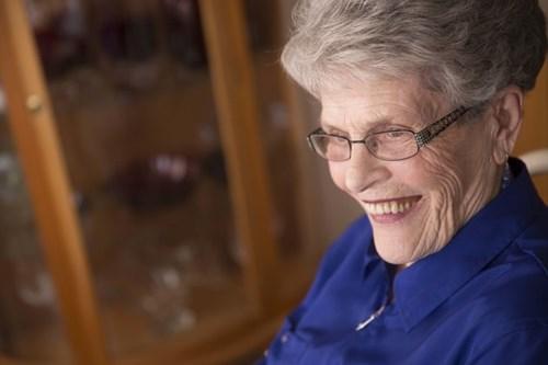Cụ bà 87 tuổi trở thành tân cử nhân đại học - Ảnh 6